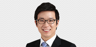 박희성선생님이 웃고계십니다.